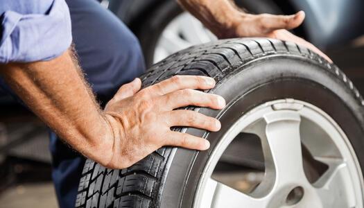 Per Kundenanschreiben erinnern: Reifenwechsel & Co.